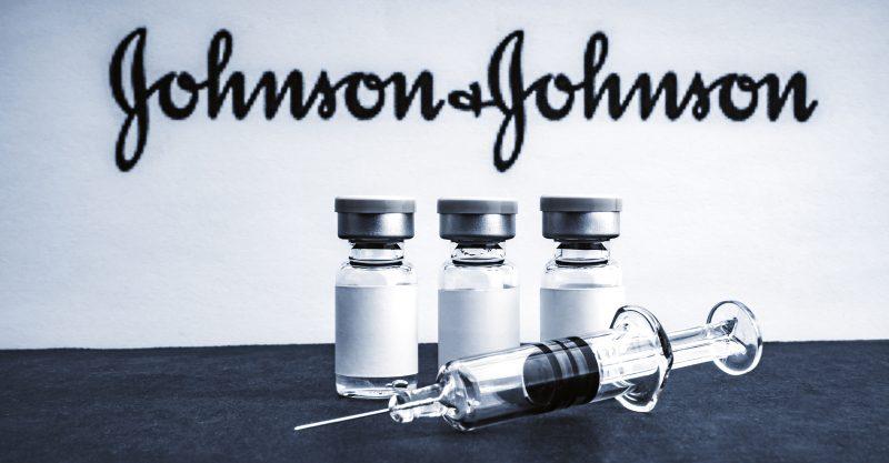 """Dánia felhagy a J&J COVID oltóanyaggal, azt mondja, hogy az előnyök """"nem ellensúlyozzák a vérrögök kockázatát"""""""